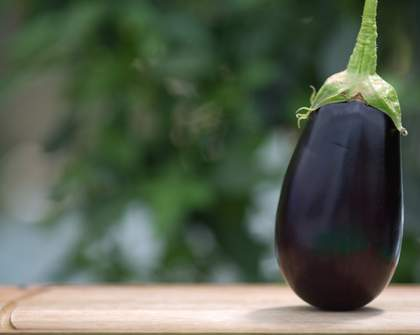 This New Service Lets You Send People Anonymous Eggplants for Some Reason