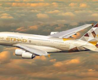 The World's First Single-Use Plastic Free Long-Haul Flight Will Land in Australia Tomorrow