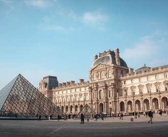 You Can Now By Perfumes Inspired by The Louvre's Famous Artworks